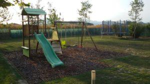 Il parco giochi e i colli euganei nello sfondo